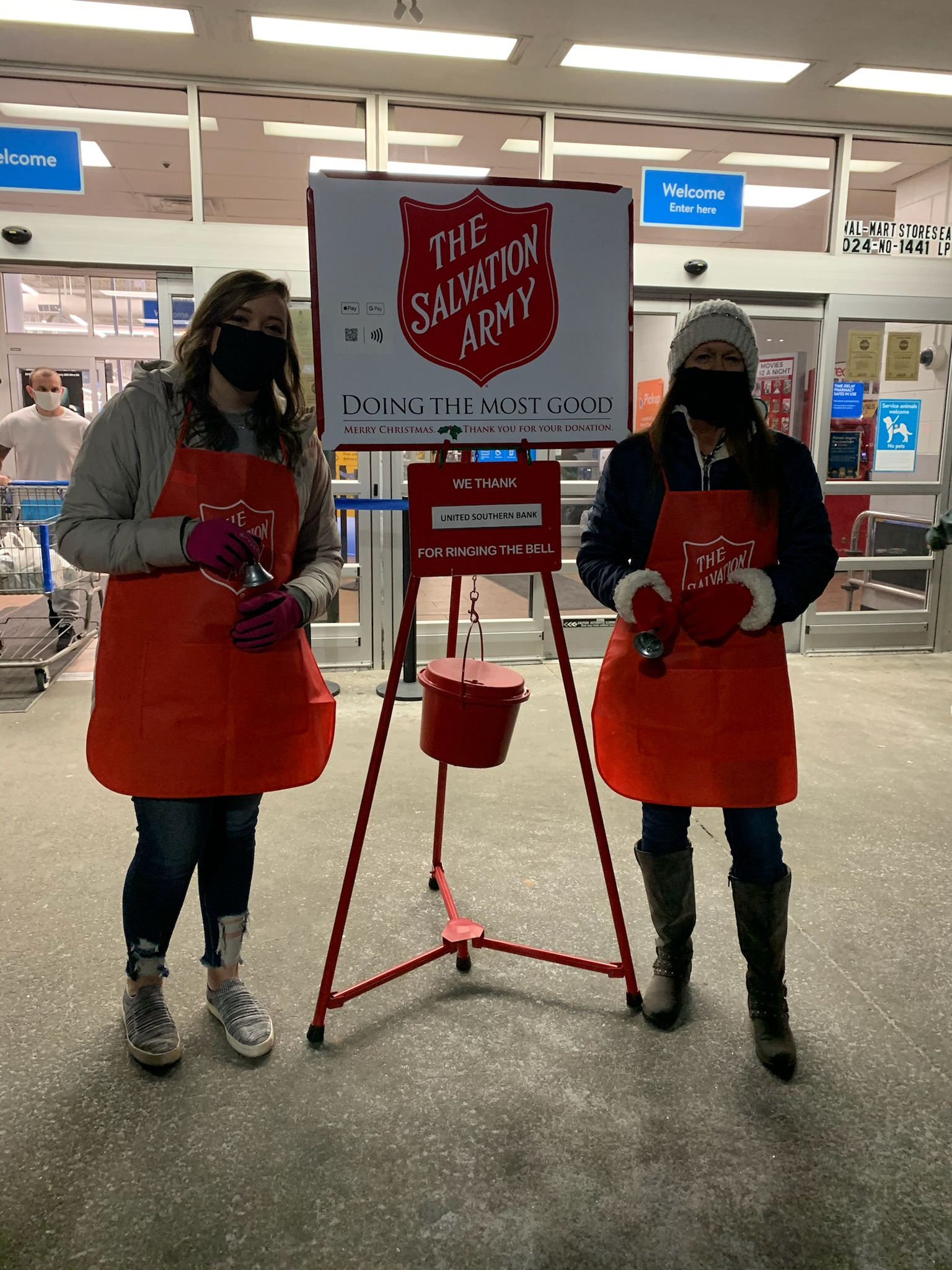 United Southern Bank Bell Ringing Salvation Army 2020 Hopkinsville Kentucky